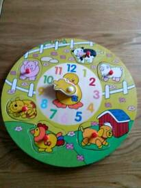 Wooden animal clock puzzle