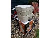 Portable toilet / porta potti