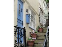 Whitby - Right in the centre of town -Cockle Cottage - Available August weeks