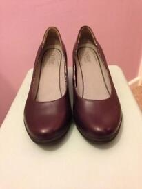 Hotter (wide fit) Purple Leather Court Shoes size 7 (worn once)