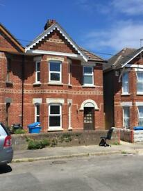 3/4 Bedroom semi detached house in Parkstone