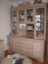 LIMED OAK DISPLAY UNIT