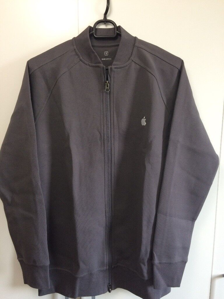 2dff51c0b 2 Official Apple Store Employee Fleece / Grey & Red / Size Small | in  Liverpool City Centre, Merseyside | Gumtree