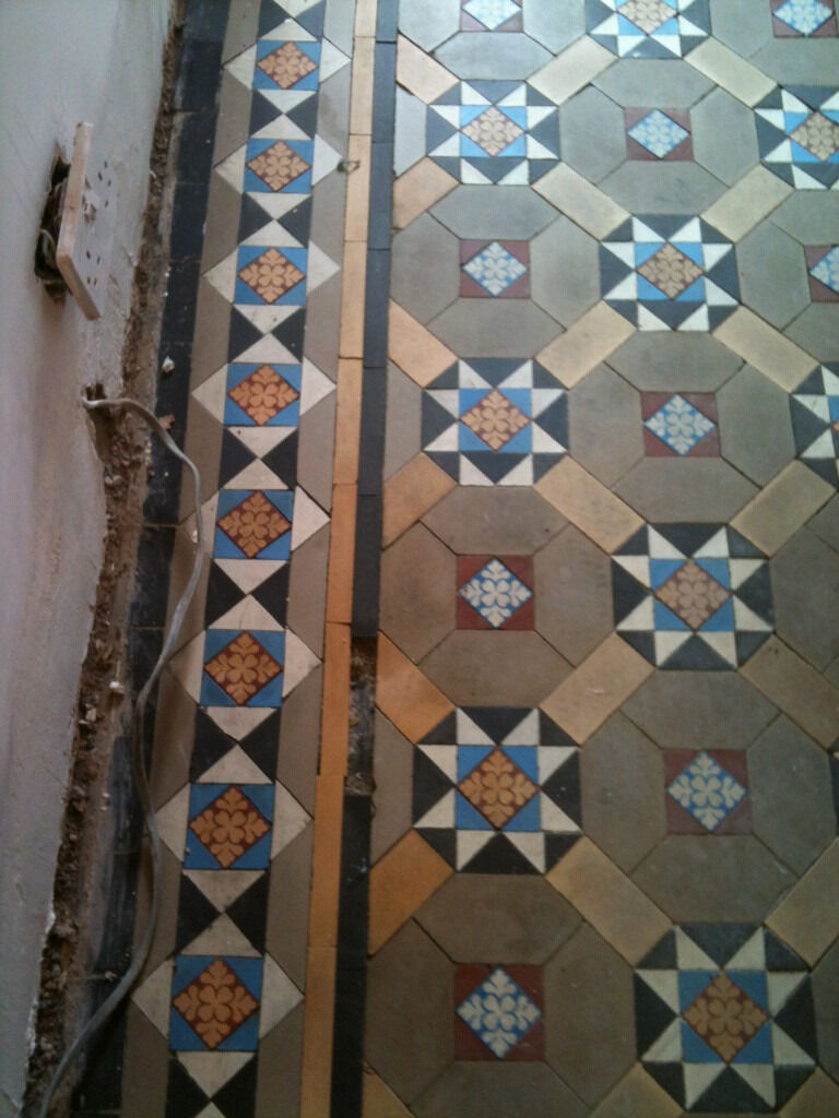 Reclaimed victorian edwardian encaustic quarry floor tiles in reclaimed victorian edwardian encaustic quarry floor tiles dailygadgetfo Image collections