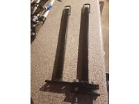 Set of kayak centre roof bars