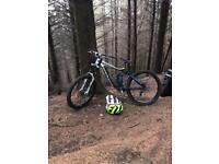 Giant glory 1 size S downhill bike 2012 swap for enduro
