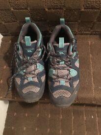 Ladies size 38 Tresspass hiking shoes