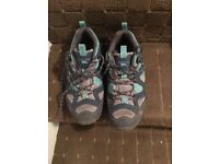 Ladies size 38 Tresspass hiking shoes