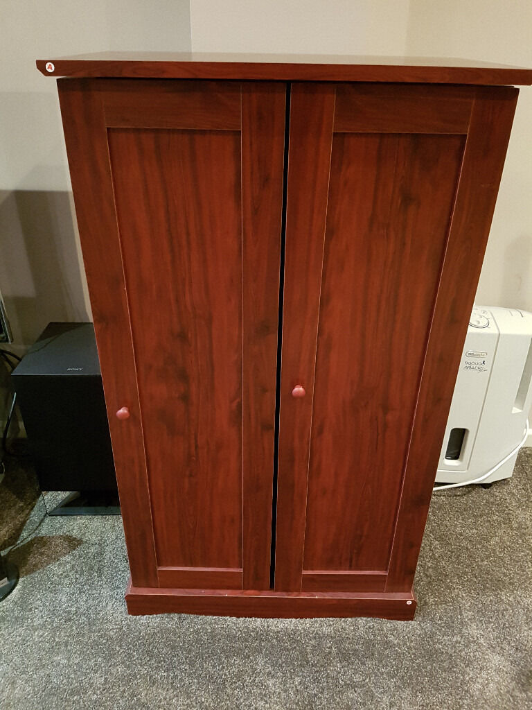 Used Mahogany Media Cd Dvd Storage Cabinet (door Assembled On The Wrong  Side)