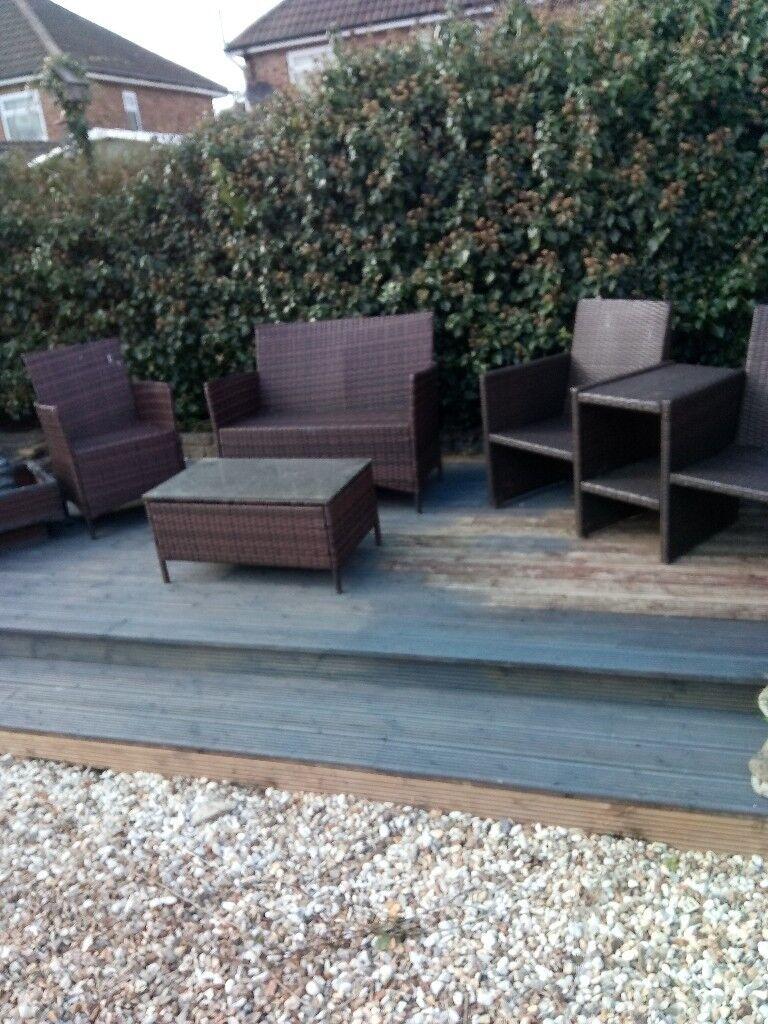 Large ratan furniture set for garden grimsby