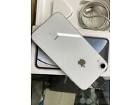 iPhones Xr 64GB White colour Unlocked Immaculate condition👌(No PayPal No Postage)!!