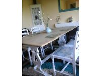 Beautiful farmhouse chunky table and chairs in solid oak