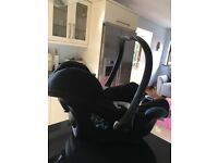 Maxi cost car seat and isofix