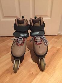 Bauer Rollerblades Size UK 6 with Full Protection Set