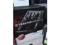 Traktor z2 mixer/controller