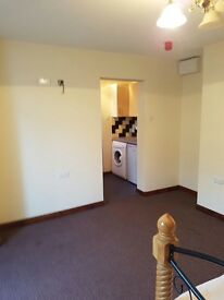NOW AVAILABLE 1 BED FLAT