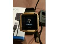 Fitbit Blaze (Gold Edition) in large.
