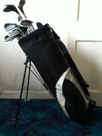 Mixed golf clubs, carry bag and balls
