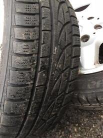 Set of 4 winter tyres 205/55R16 Hankook iceprotect