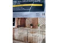 New double gates