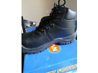 pro-man safety boots size 6 b/new boxed