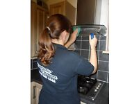 Guaranteed End of Tenancy Cleaning services in Charlton, London. Same-day jobs availability.