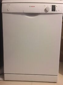 Bosch Classics 12 piece dish washer for sale. Low usage and in very good condition.