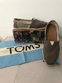 Toms UK Size 5