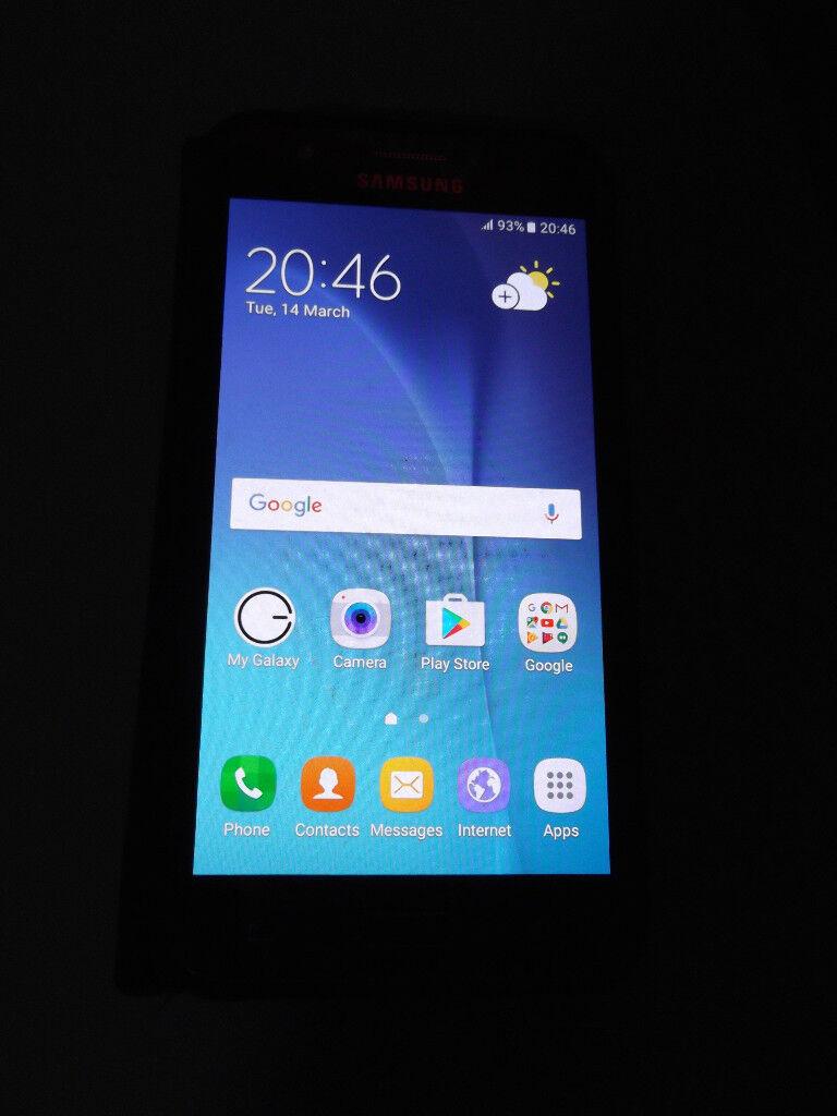 Samsung J5.....Unlocked.....Very good condition