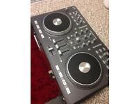 DJ Controller Mixtrack Pro