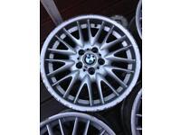 Bmw mv1 staggered 18 inch alloys genuine