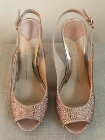 Karolina Shoes by MODA in Pelle