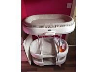 Baby bath changing unit