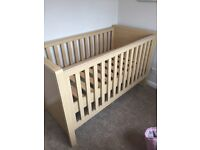Kub Madeira Cot Bed RRP £230 great condition