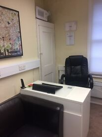 Notting Hill Gate - Desk space or entire office to Rent,£300 per desk inclusive - Business Start up