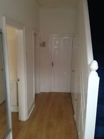 RUSHOLME - DEYNE AVENUE M14 5SY- HOUSE TO RENT FOR GROUP OF 3/4 PROFS / STUDENTS - £65 PP/PW