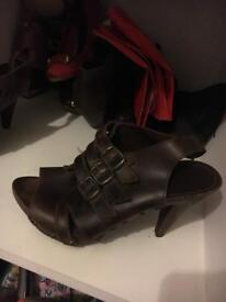 River island Brown leather heel size 6