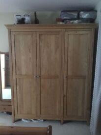 3 Door Spacious Oak Wardrobe