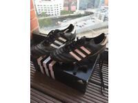 Kaiser 5 cup football boots size 10