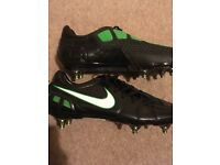 Total 90 laser iii men's football boots