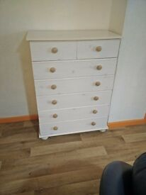 White Pine Chest of Drawers £15.00