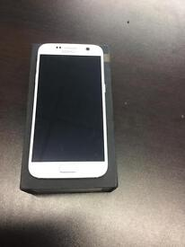 Samsung galaxy s7 32gb unlocked white immaculate condition with warranty and accessories