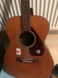 Yamaha guitar FG170 with built in fishman pick up