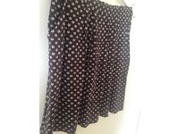 As new Cath Kidston skirt in size S (colour: brown)