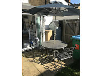 Garden Table & 6 chairs £65 ONO