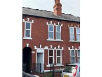 3 bedroom terraced house close to M1, rent pw £125
