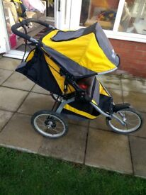BOB Ironman Sports Utility Stroller – Excellent Condition