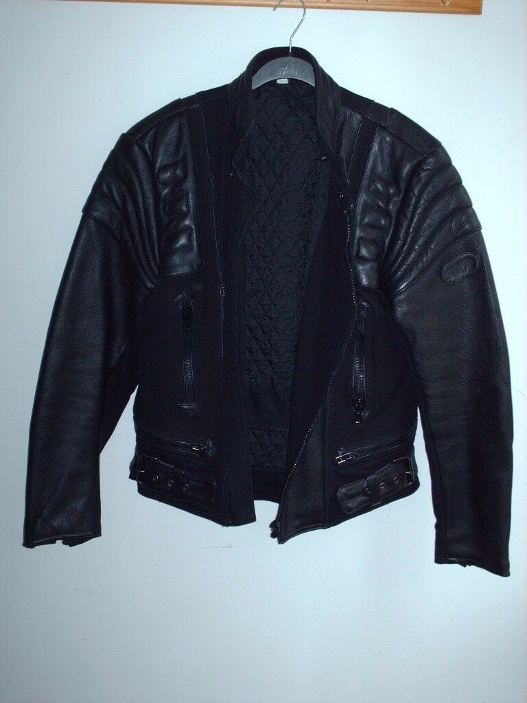 LEATHER JACKET. BRAND NEW, NEVER WORN - QUICK SALE!