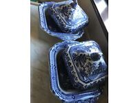 Willow Pattern Set Excellent Condition