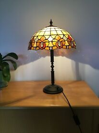 Tiffany style table lamp, buyer collects.